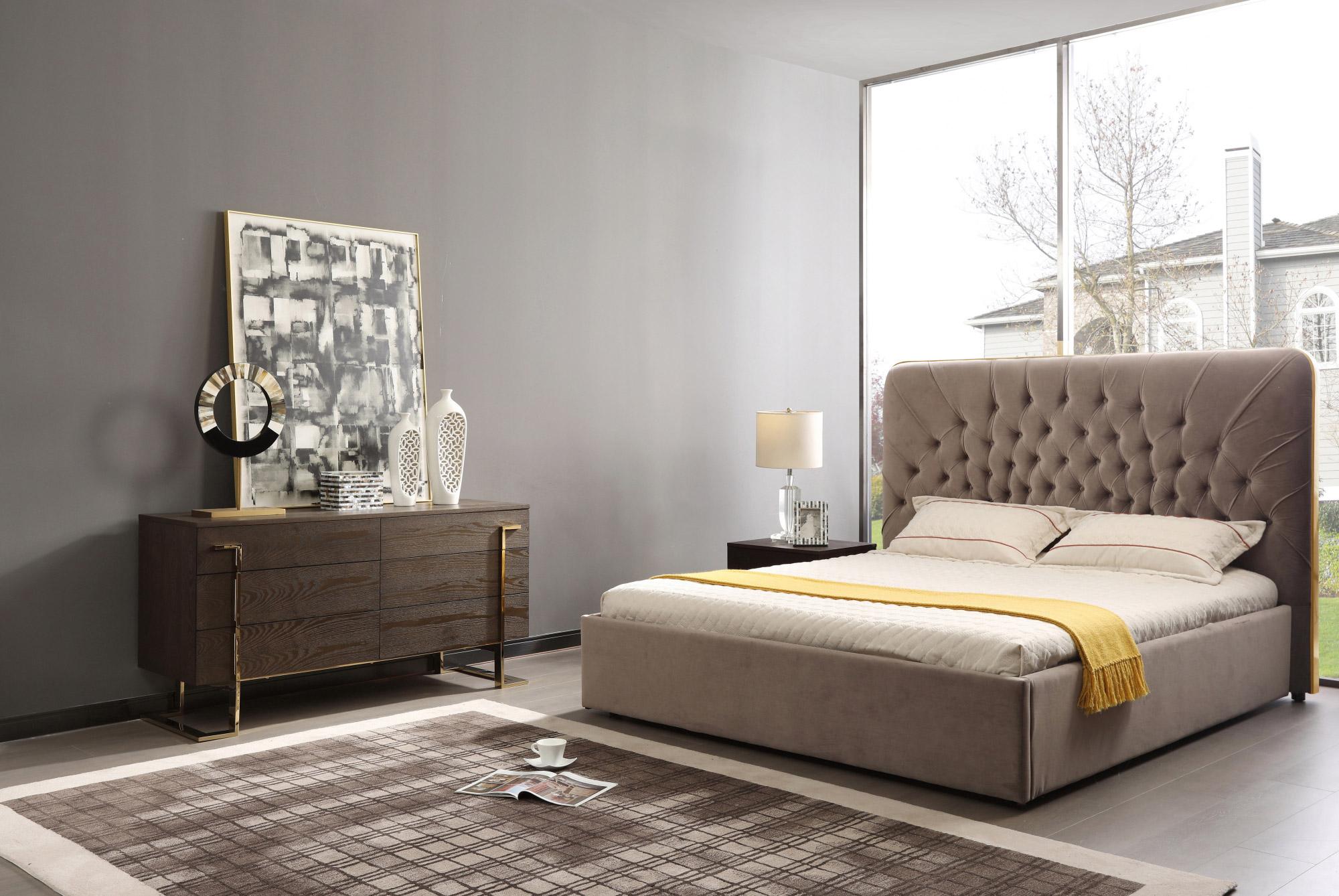 VIG Furniture Modrest Moontide Eastern King Glam Beige Velvet and Brushed Brass Bed