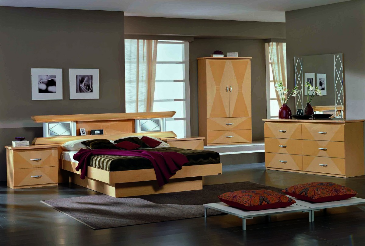 vera glass maple king bed. Black Bedroom Furniture Sets. Home Design Ideas