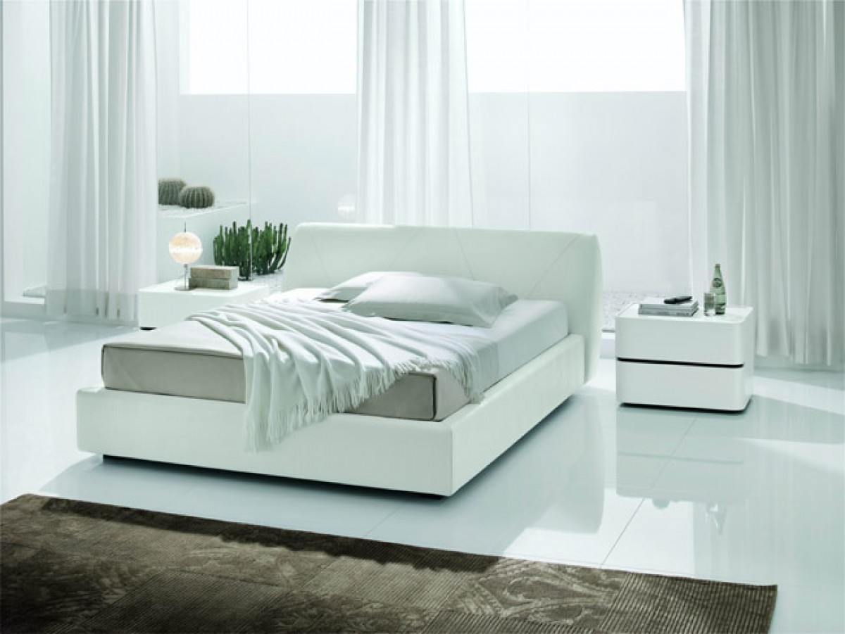 SMA Strip - White Crocodile Texture Eco-Leather Bed - Made in Italy