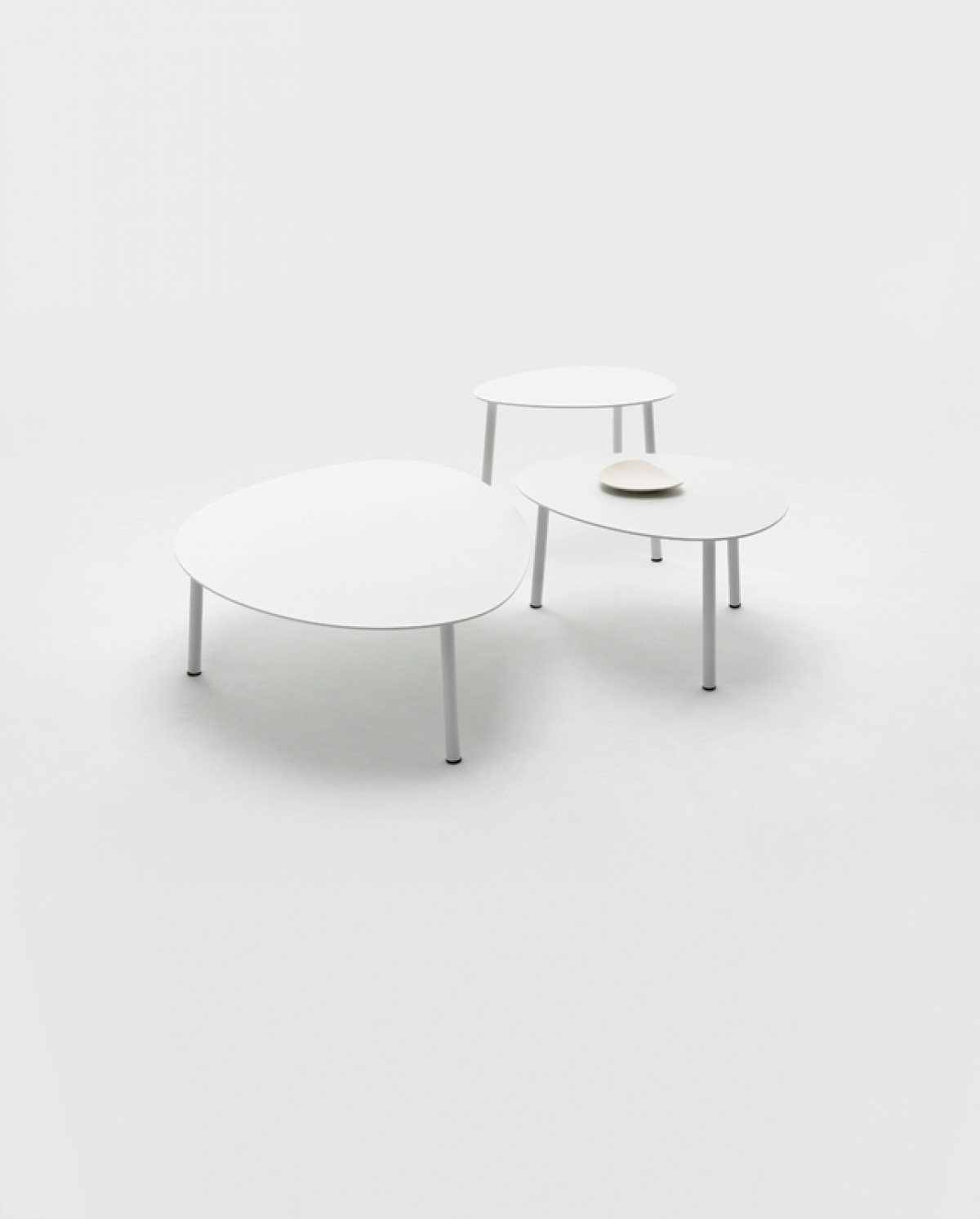 Renava Kasos Outdoor White Coffee Table Set Outdoor