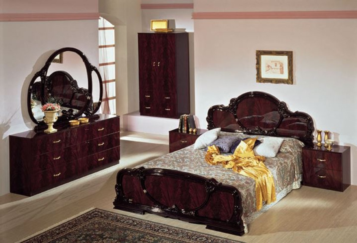 Delightful Modrest Serena Traditional Italian Mahogany Bedroom Set ...