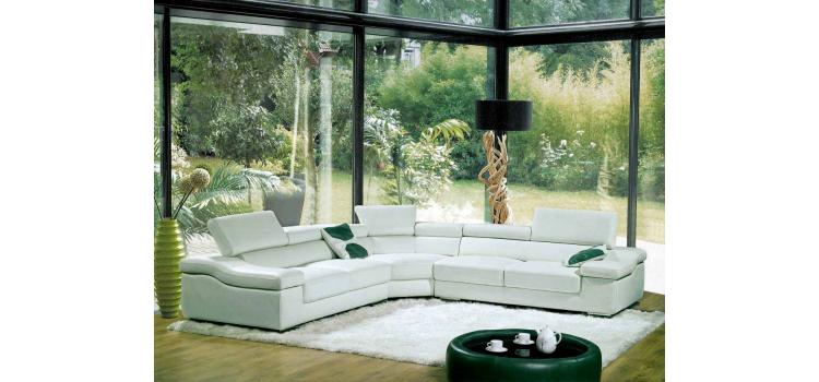 8015 - Modern Bonded Leather Sectional Sofa