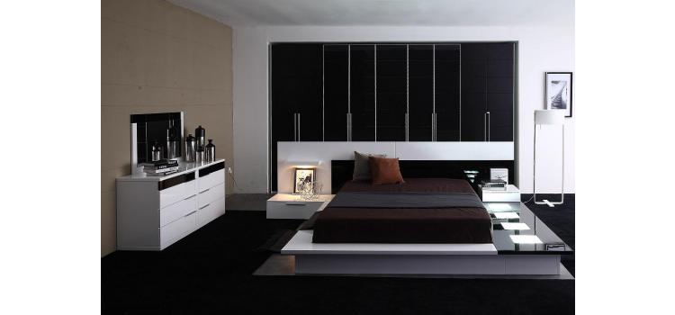 Impera Modern-Contemporary lacquer platform bed