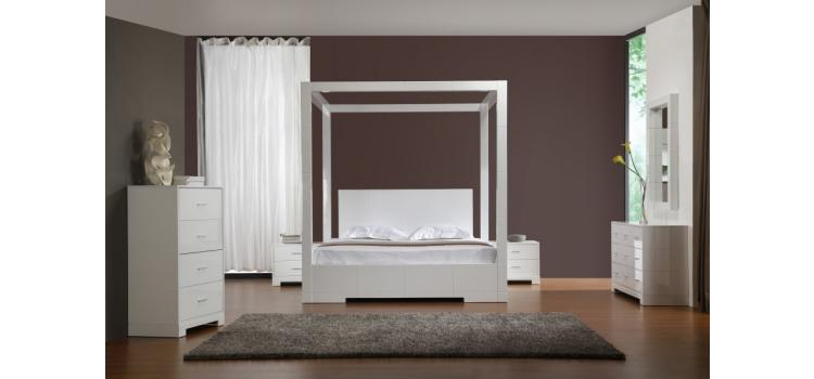 Sanna - Modern High Post Bed