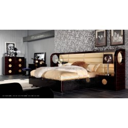 A&X Tuscany - Modern Leather and Lacquer Bed