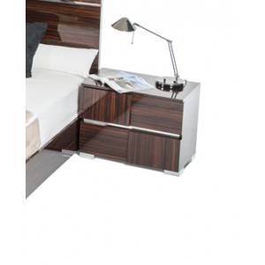 Modrest Picasso Italian Modern Ebony Lacquer Nightstand