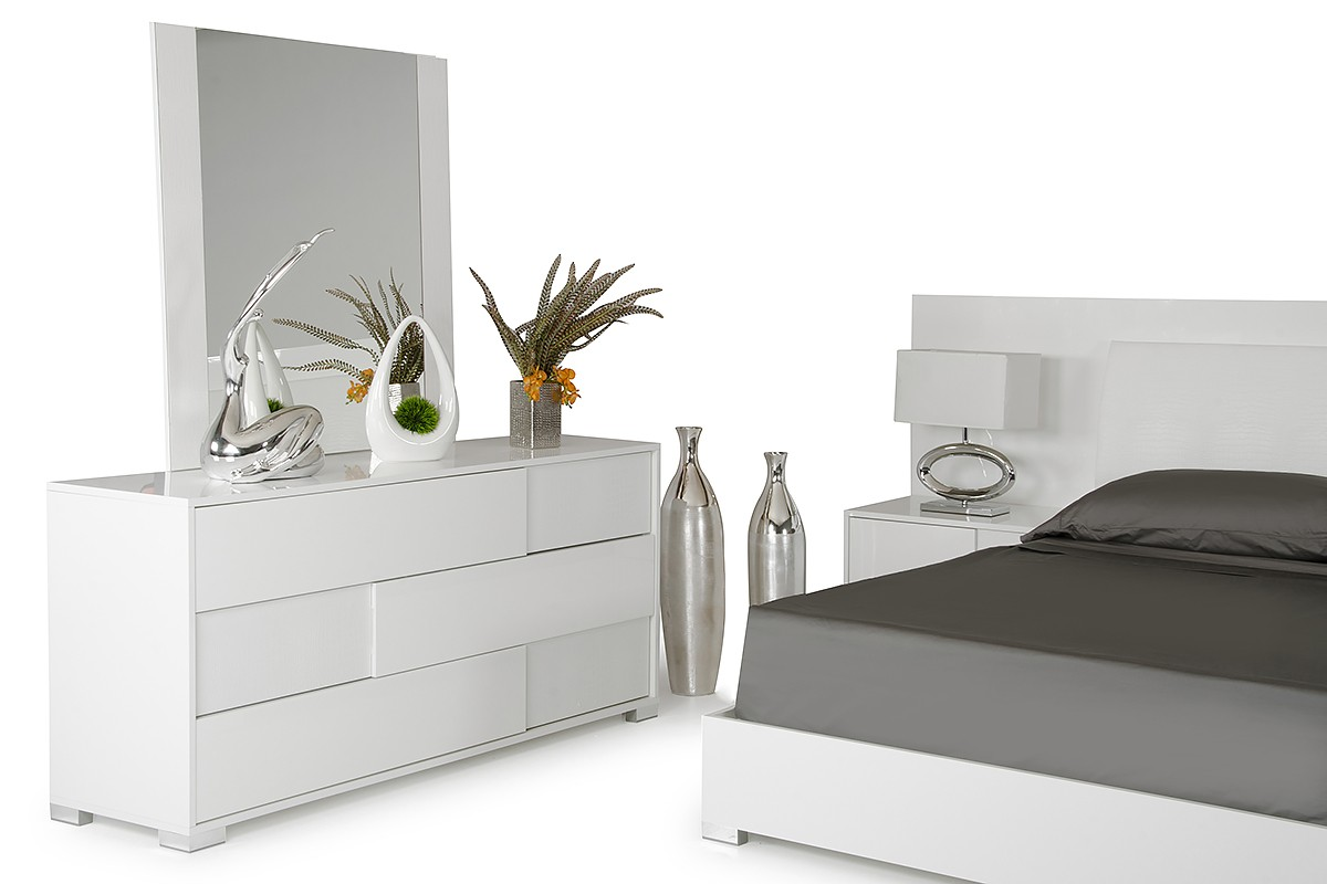 modrest monza italian modern white bedroom set modern 17826 | 03 monza white bed dsc 5774 copy