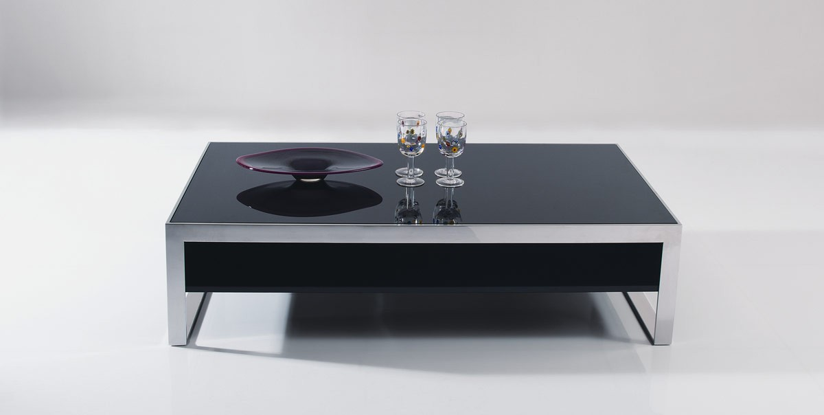 Modrest Noble   Modern Ebony Lacquer Coffee Table   VIG Premium    Collections