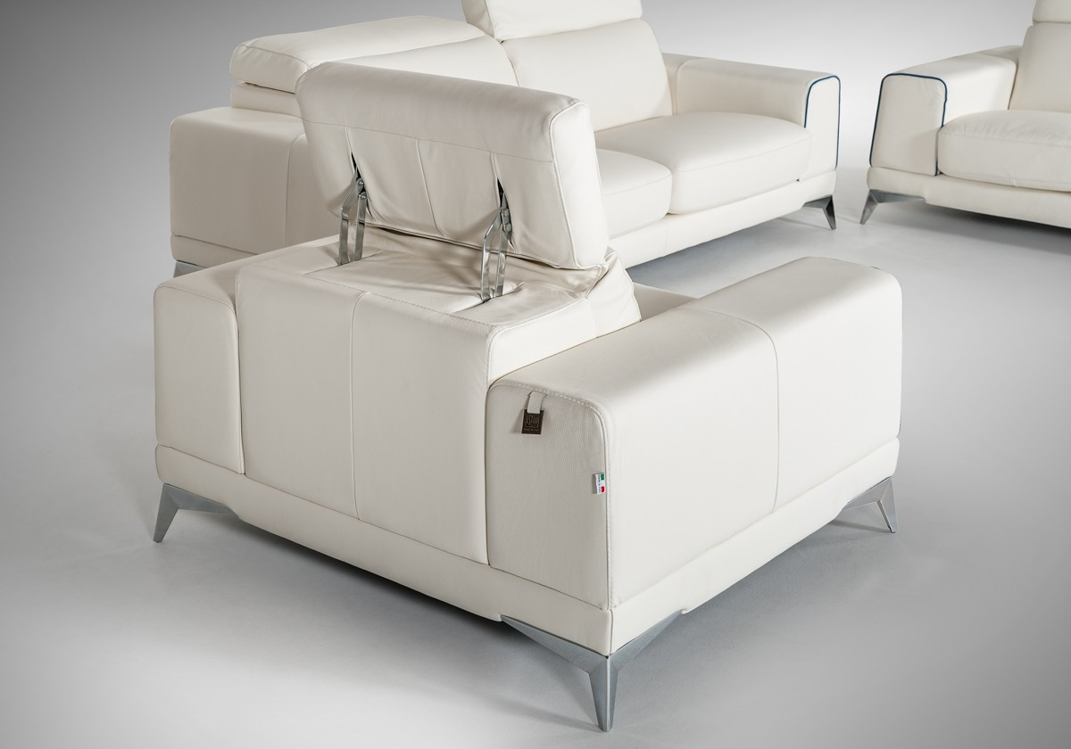 Estro Salotti Bolton Italian Modern White Amp Blue Leather