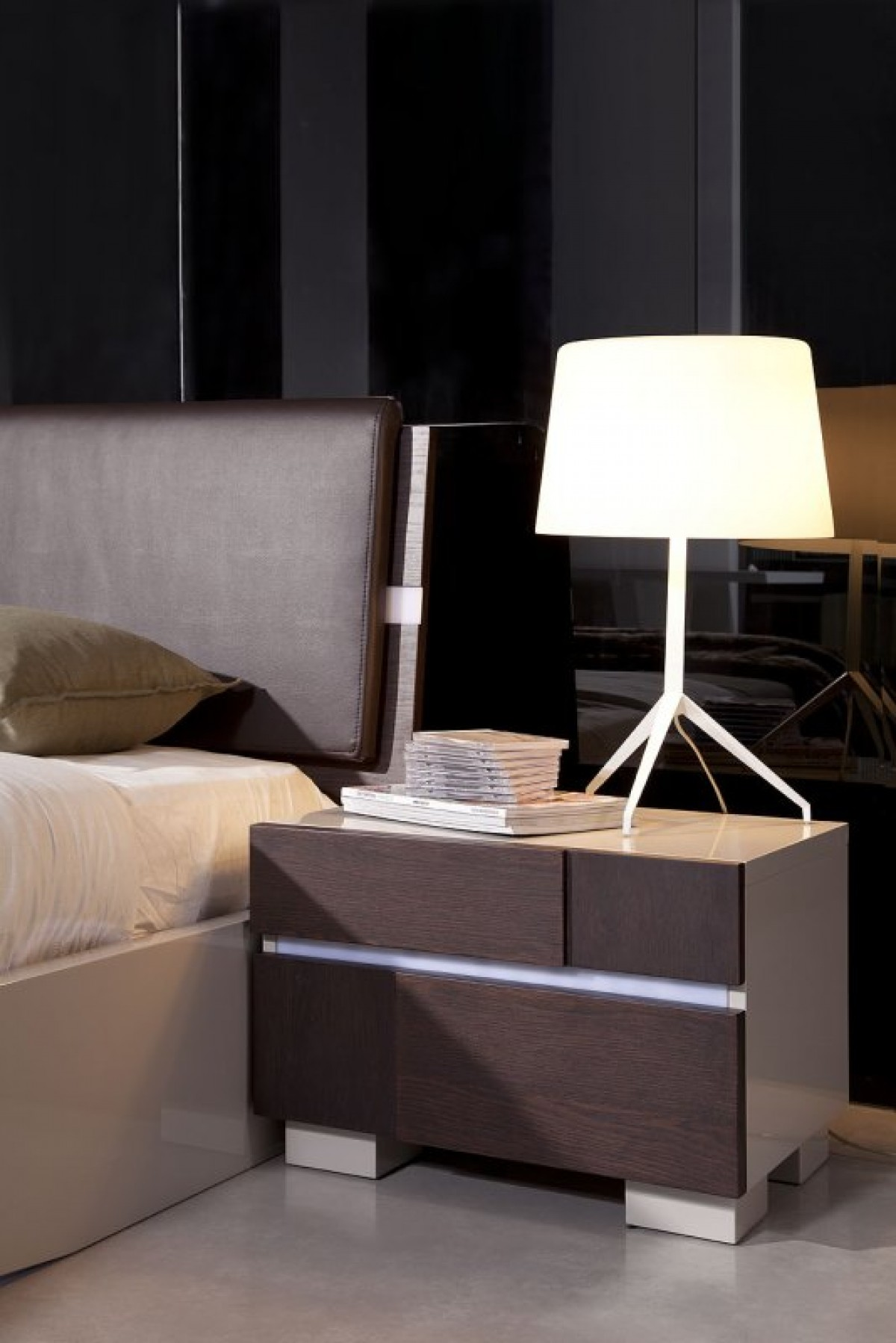 desks for small bedrooms modrest anzio contemporary floating bed with led lights 15155
