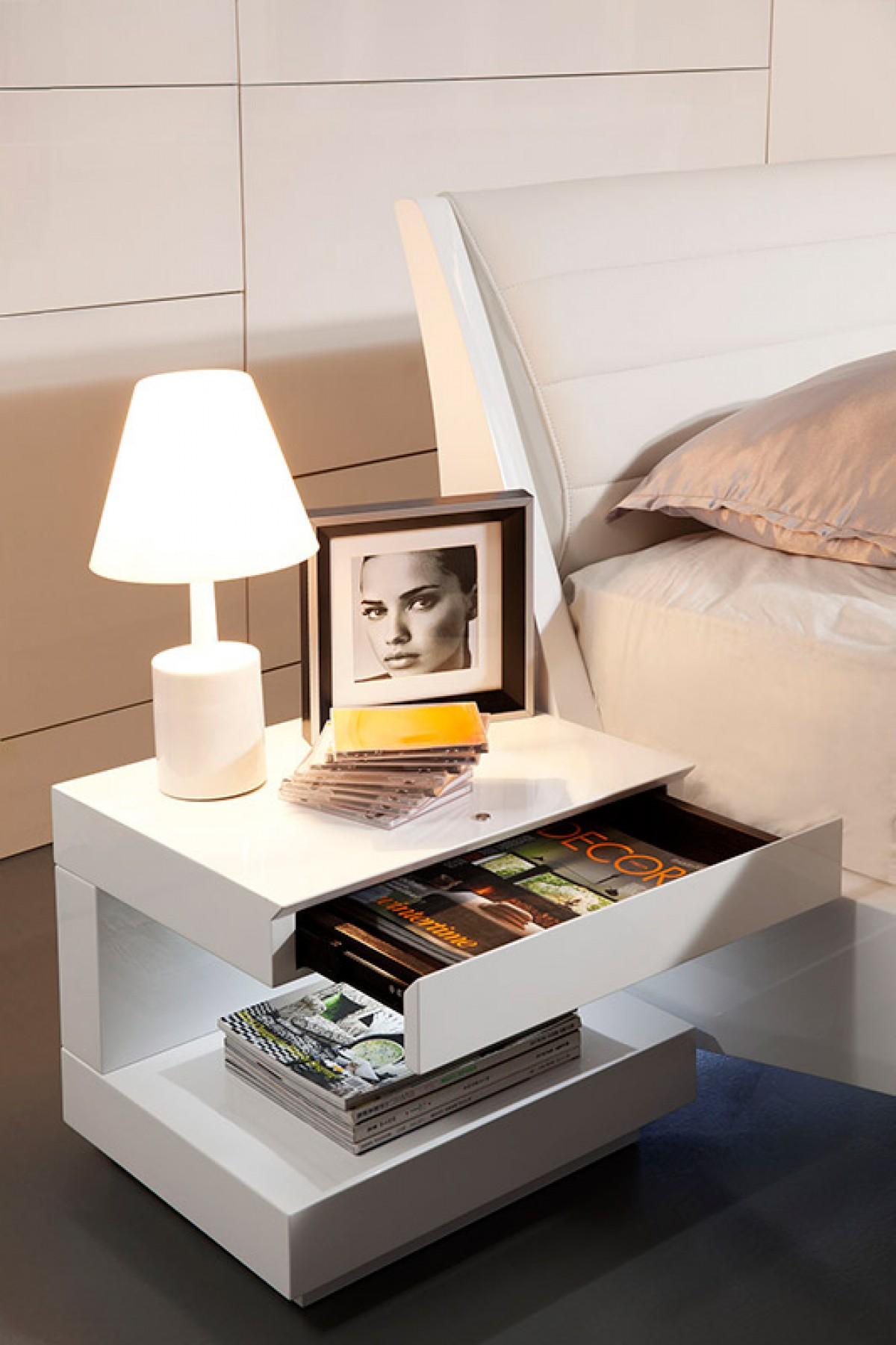 Modrest Esso Modern White Glossy Nightstand Nightstands Bedroom