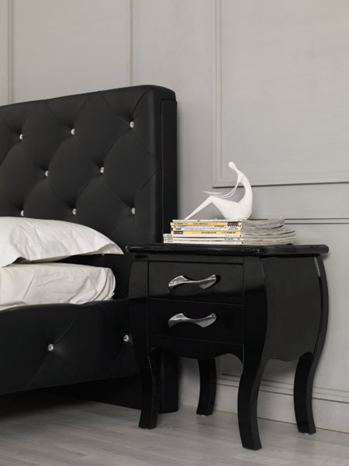 Modrest Monte Carlo Black Leatherette Modern Bed with Crystals