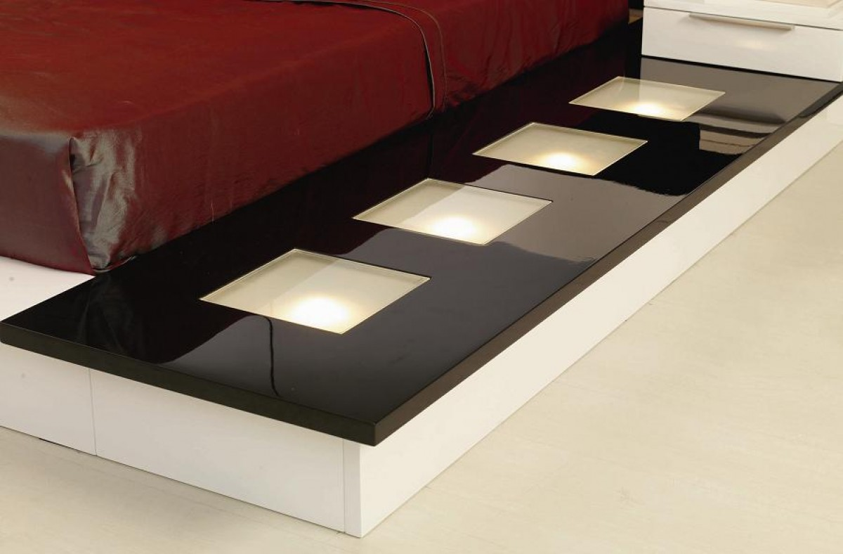 Impera Modern-Contemporary lacquer platform bed with lights