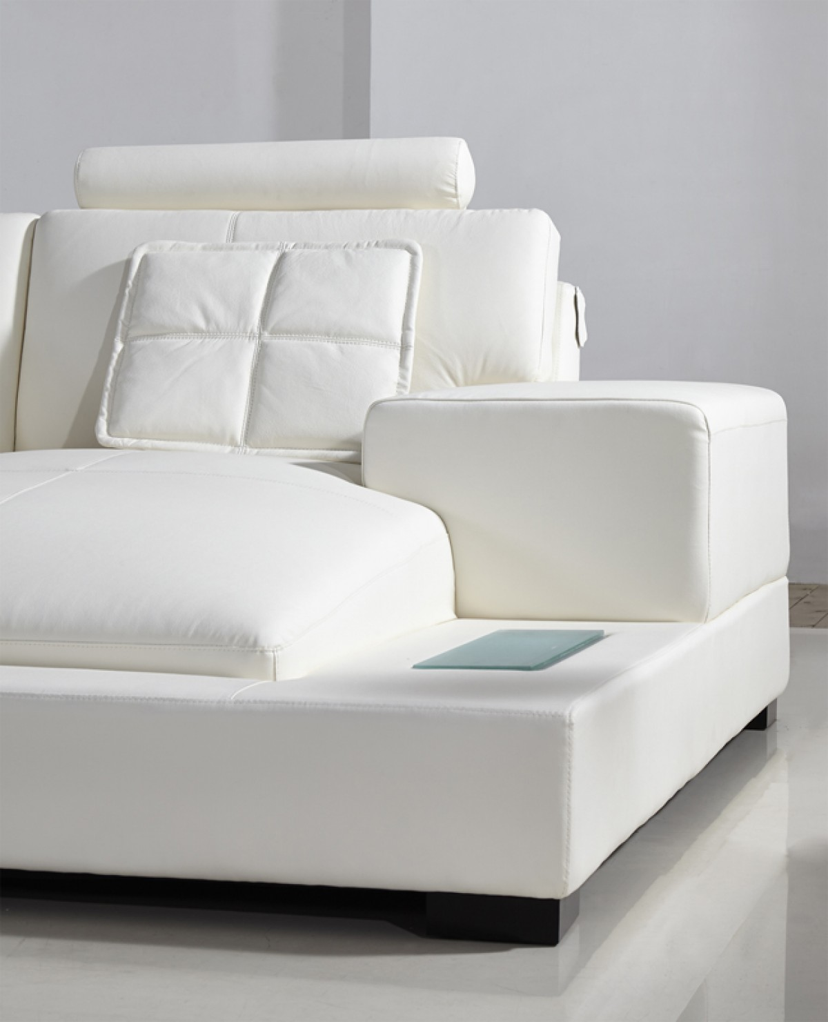 Modern White Leather Sectional Sofa: Divani Casa Diamond Modern White Bonded Leather Sectional Sofa