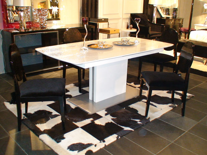 VIG Furniture A&X Centro Modern White Crocodile Dining Table