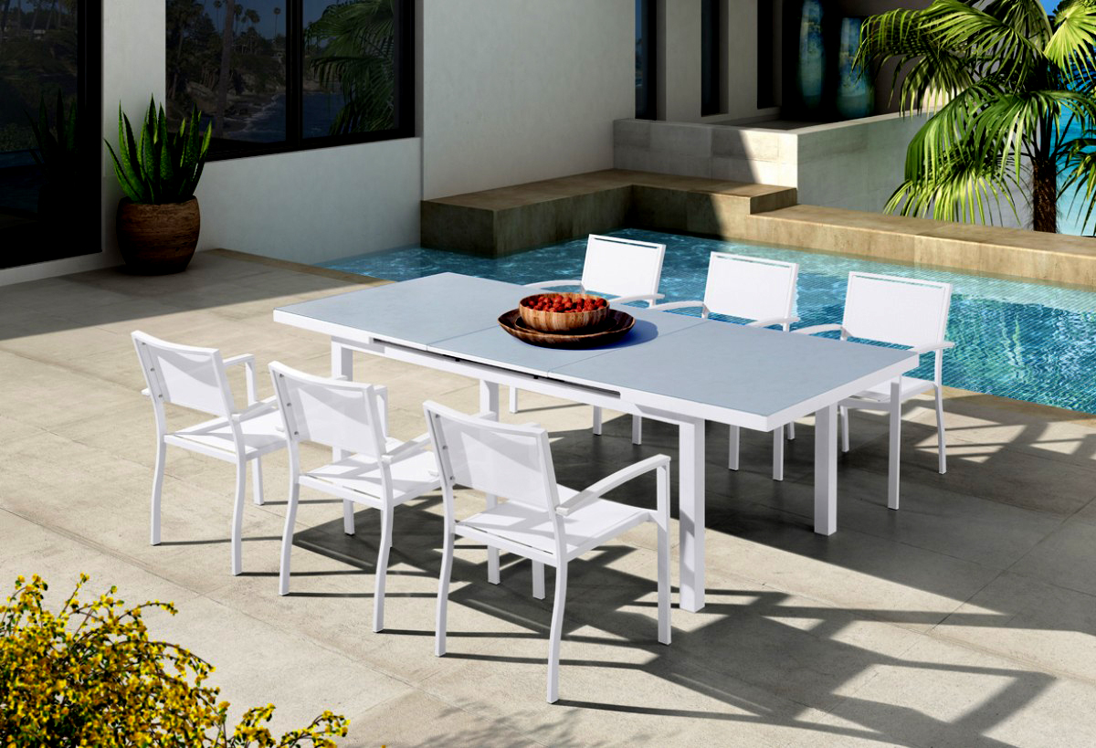 VIG Furniture Renava Tybee Outdoor White Extendable Dining Table Set
