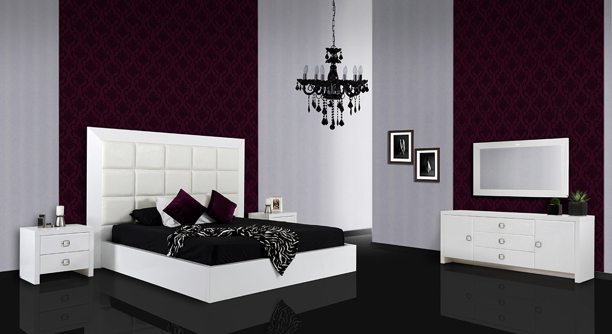VIG Furniture A&X Glam White Crocodile Lacquer Bed with Faux Crocodile Leather Headboard